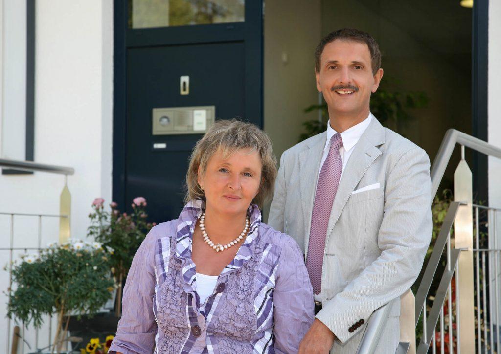 Zu sehen ist der Geschäftsführer Bernd Birke gemeinsam mit seiner Ehefrau und Prokuristin Inge Birke